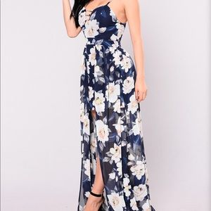 FLORAL WATERFALL DRESS (Navy)